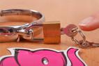 Kovové putá Chained Love - kaštieľ s kľúčikom