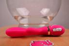 Vibrátor Raspberry Rabbit, s dvojitým silikónom pred sklenenou nádobou