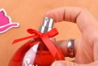Parfém Obsessive Sexy - detail na stlačenie aplikátora