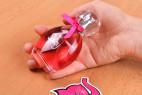 Parfém Obsessive Spicy - fotenie v ruke v predajni Ružový Slon Havířov