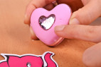 Vibračné vajíčko Pink Love, v ruke