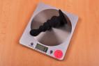 Análny kolík Black Cascade s prísavkou, na váhe