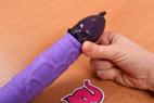 Primeros Black Hawk - nasadzovanie kondómu