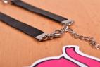 Kožený obojok s retiazkou Shameless - fotenie v predajni Ružový Slon Havířov