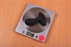 Vibračný análny kolík Pulsing Pleasure - vážime kolík, stolný váha ukazuje 79 g